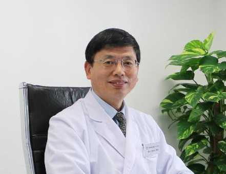 Owner Dr. Ma goes with introduction